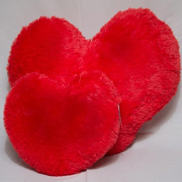 Подушка в виде сердца 75 см
