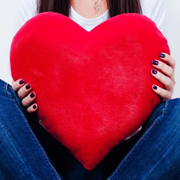 Купить подушку сердце 50 см