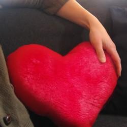 Подушка в форме сердца 40 см